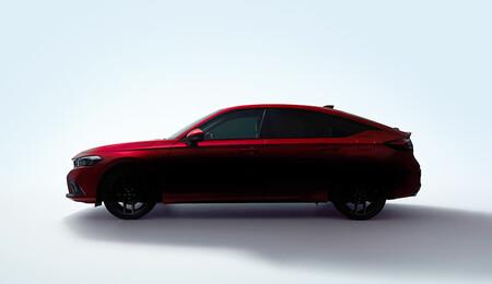 El nuevo Honda Civic hatchback se asoma en su primer teaser: lo conoceremos muy pronto