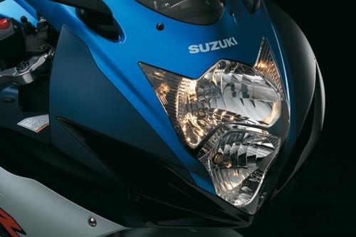 Hasta siempre, Suzuki GSX-R750: Después de 33 años de producción ininterrumpida la Gixxer original desaparece