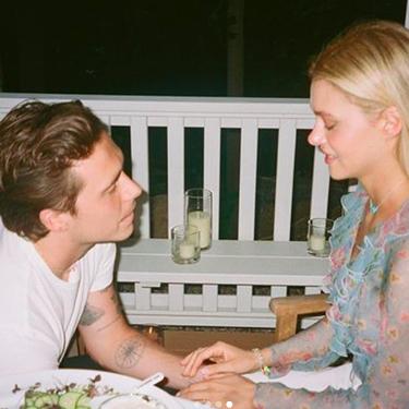 ¡Emosido engañado! Brooklyn Beckham y Nicola Peltz se dejan de tanto postureo y publican cómo fue realmente su pedida de mano (con abuelete incluido)