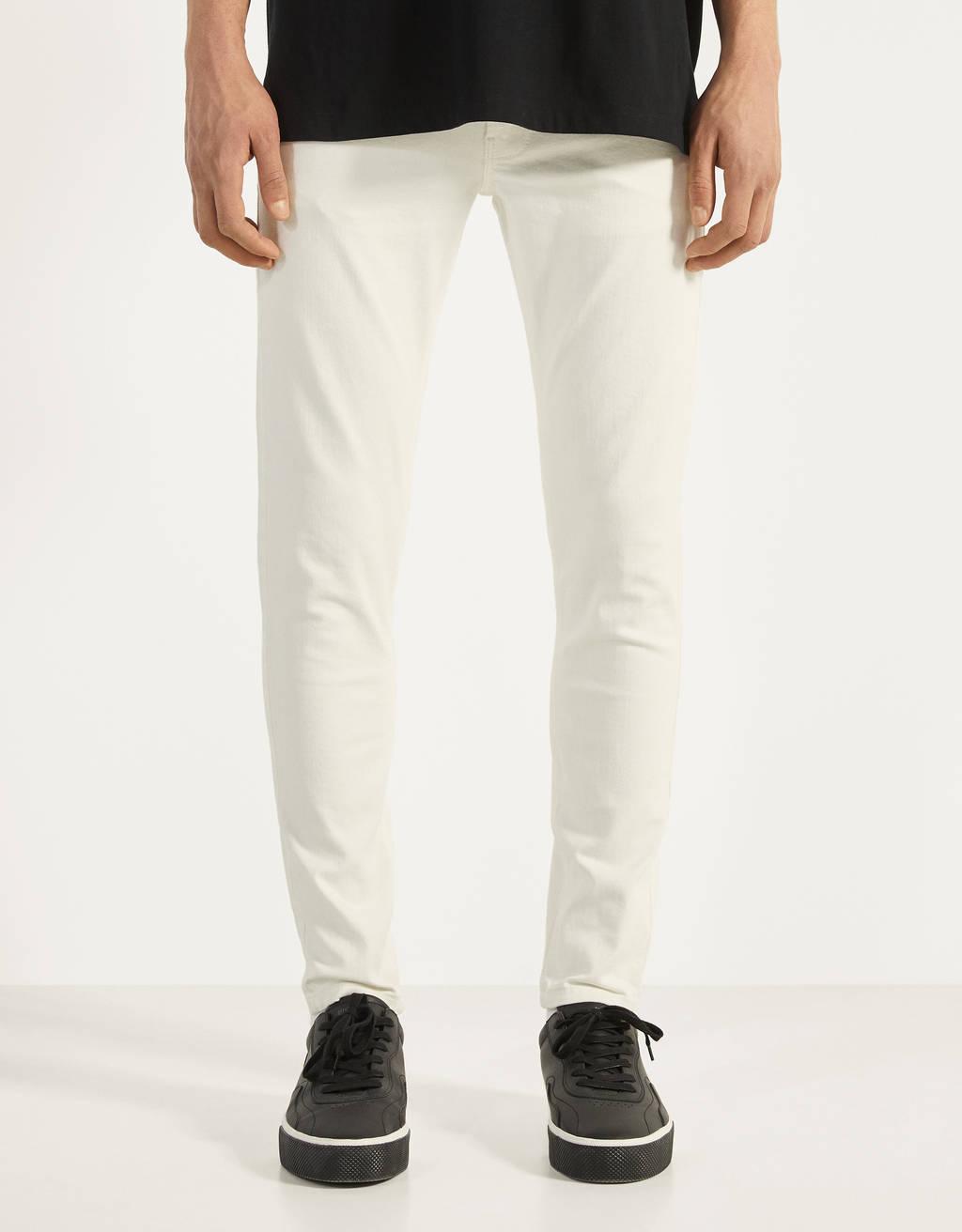 Pantalón Skinny Fit en blanco