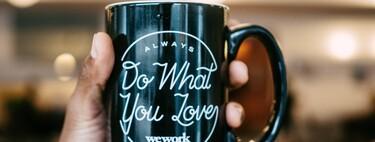 Los padres que adoran el café seguro que disfrutan de su pasión con esta cafetera superautomática Krups rebajadísima hoy en Amazon