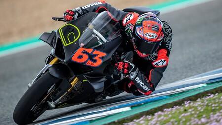 Bagnaia Jerez Ducati Panigale V4 S 2021