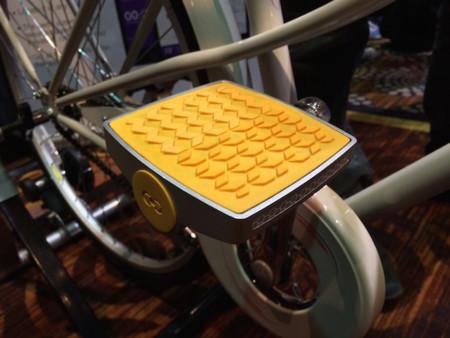 Este pedal transformará nuestra bicicleta en un dispositivo conectado