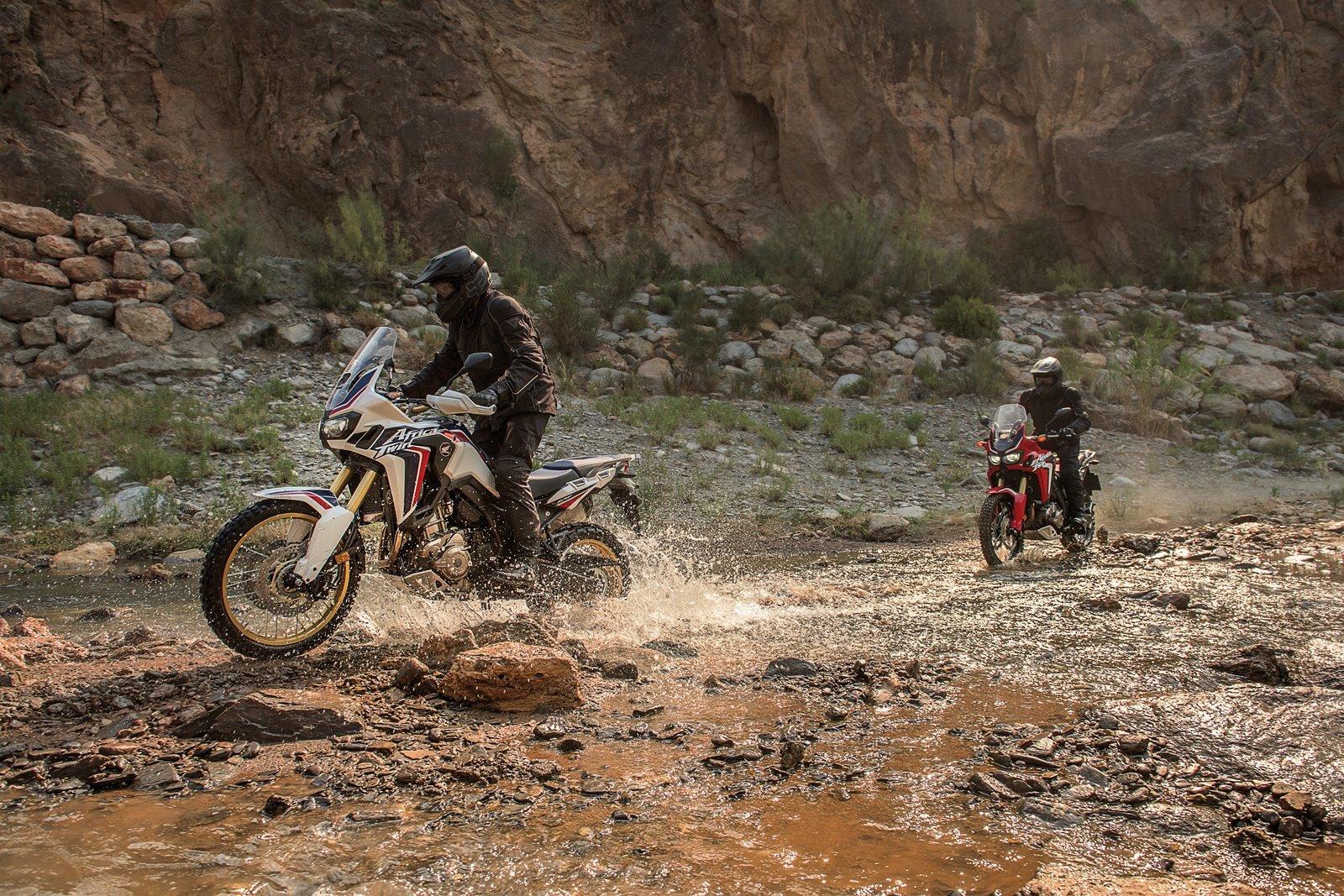Foto de Honda CRF1000L Africa Twin (51/57)