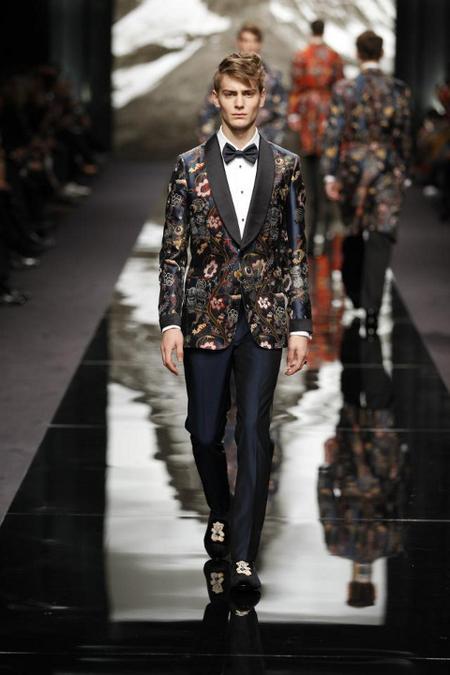 Chaqueta esmoquin flores Louis Vuitton