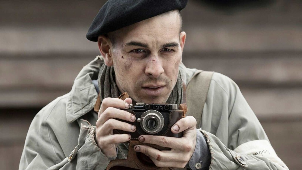 'The photographer of Mauthausen': an amazing Mario Casas stands out in a feature-length hard-and necessary