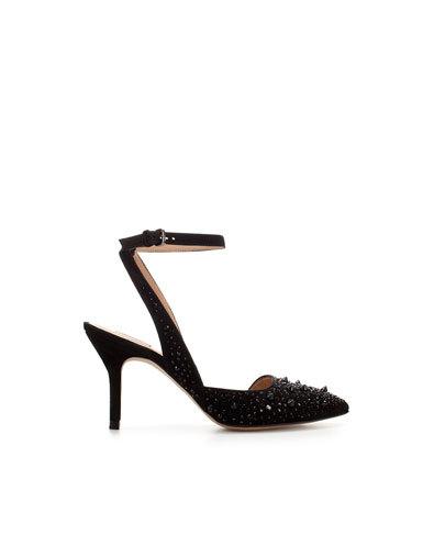 zapato negro zara