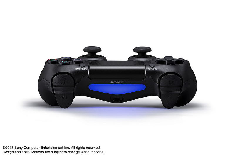 Foto de DualShock 4 y PlayStation Eye (6/14)