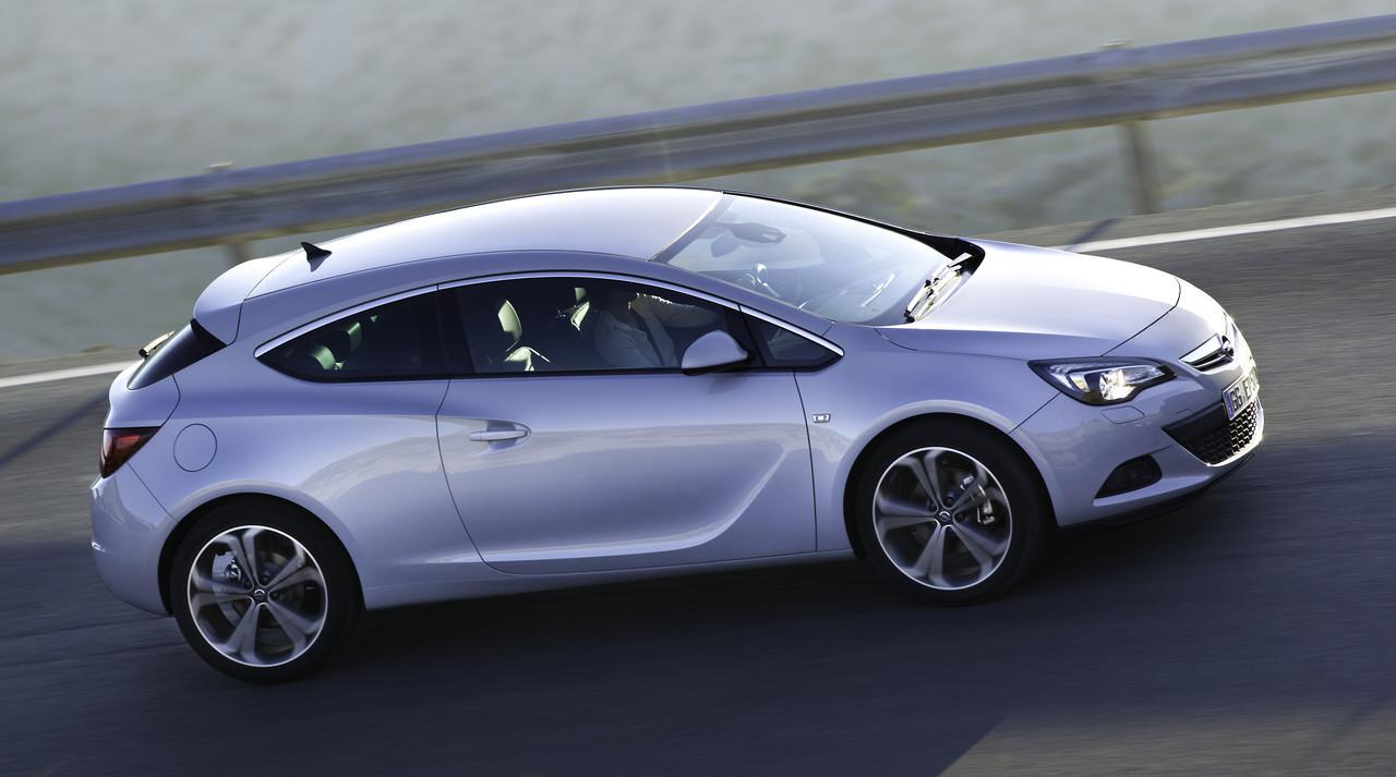 Foto de Opel Astra GTC (49/90)