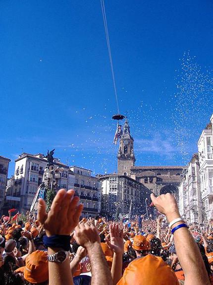 Fiesta en España: llegó Celedón