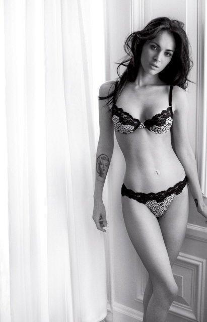 Megan Fox muy sexy de nuevo en lencería para Emporio Armani Underwear