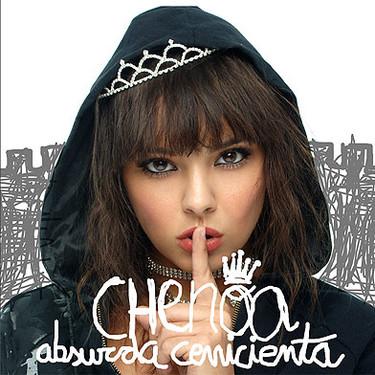"""Soy absurda porque me creo Cenicienta aún"" dice Chenoa"