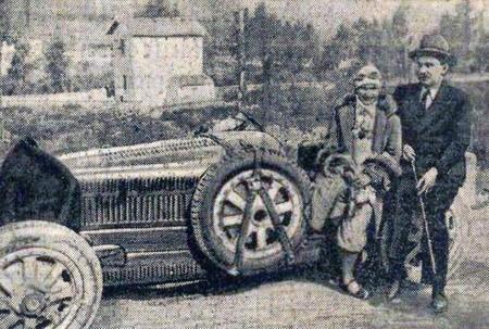 Elisabeth Junek A La Targa Florio 1928 Au Cote Du Chevalier Florio
