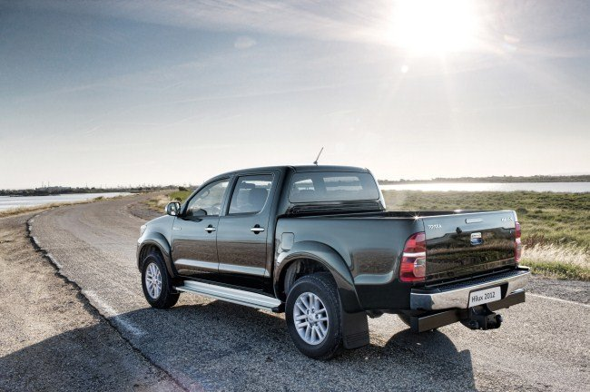 Toyota Hilux 2012 02
