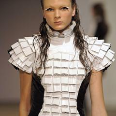Foto 8 de 28 de la galería gareth-pugh-en-la-semana-de-la-moda-de-paris-primavera-verano-2009 en Trendencias