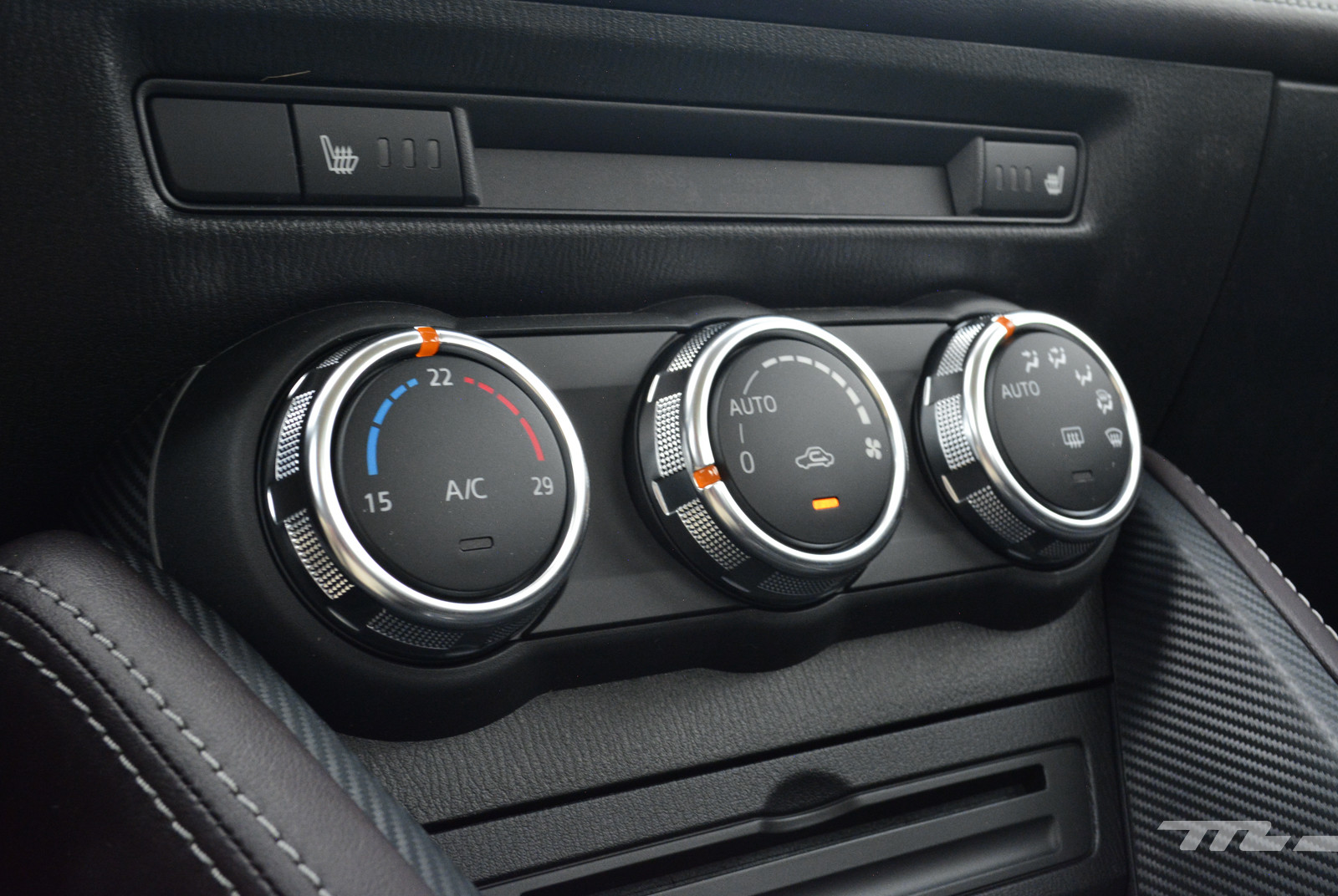 Foto de Mazda 2 Sedán (prueba) (11/17)