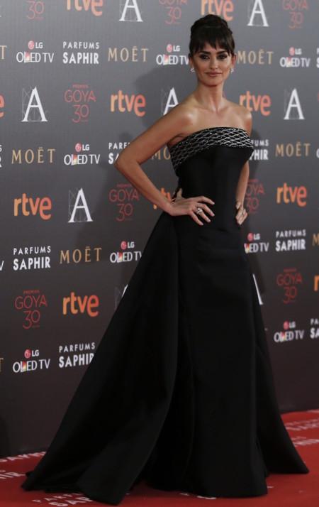 Penelope Cruz Goya 2016