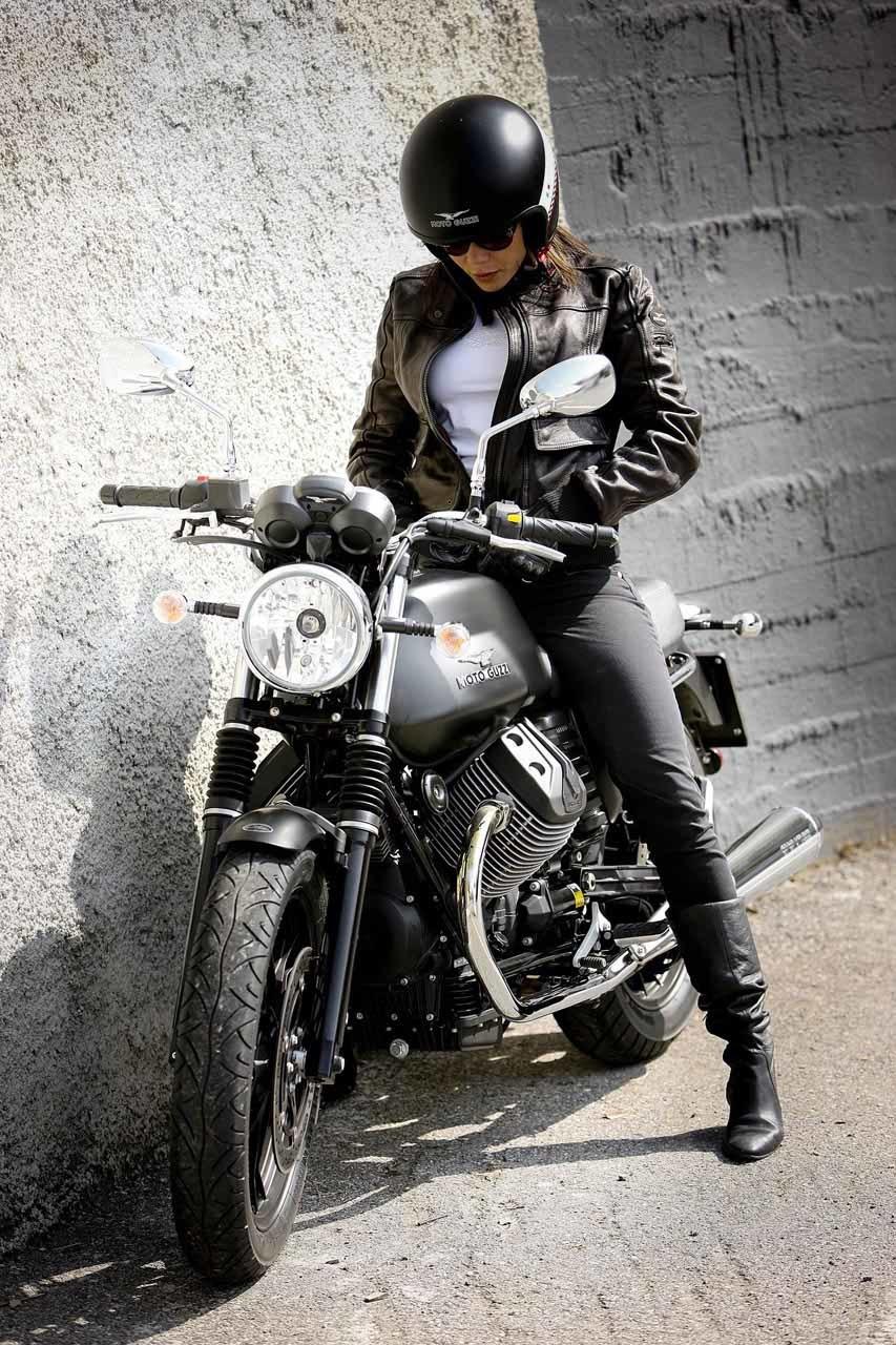 Foto de Moto Guzzi V7 Stone (52/57)