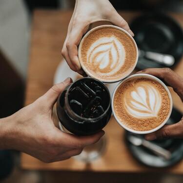 Café a nivel profesional en casa con estas cafeteras superautomáticas rebajadas en El Corte Inglés (por tiempo limitado)