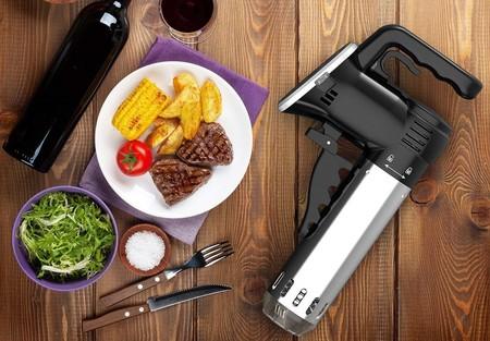 3 ofertas del día en Amazon ideales para equipar nuestra cocina en básculas de cocina, sartenes y Sous Vide de precisión