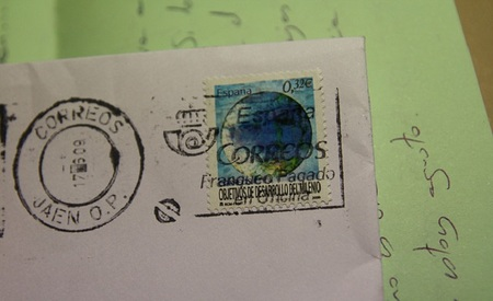 Correos subirá el precio de los sellos en 2013 un 2,7%