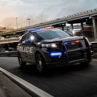 """Los coches de policía de Ford tienen software con """"modo coronavirus"""": ponen la calefacción a tope para """"asarlo"""""""