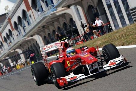 GP de Turquía 2010: Fernando Alonso no pasa a la Q3, saldrá duodécimo