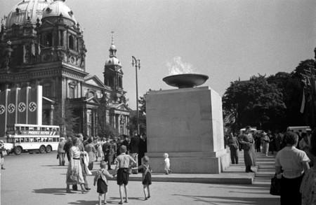 Poh1 Olympic Fire In Berlin 1936