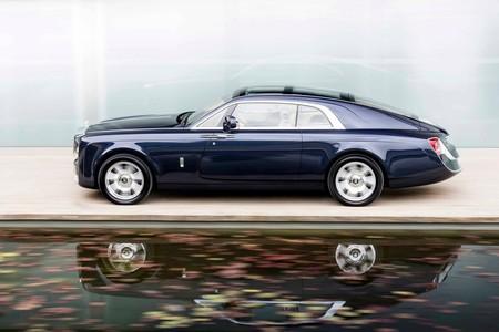 El coche más caro jamás fabricado y los mejores móviles de gama media. Constelación VX (CCCXXX)