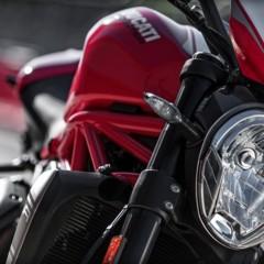 Foto 14 de 30 de la galería ducati-monster-1200-r en Motorpasion Moto