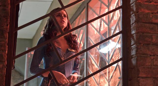 Imagen de Ana de Armas en la película 'El callejón'