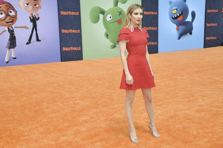 Emma Robert nos ha enseñado uno de los vestido rojos cortos más espectaculares de los últimos tiempos