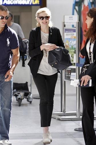Bye bye Cannes....las celebrities dejan el glamour atrás y vuelven a sus looks de calle y a su estilo aeropuerto