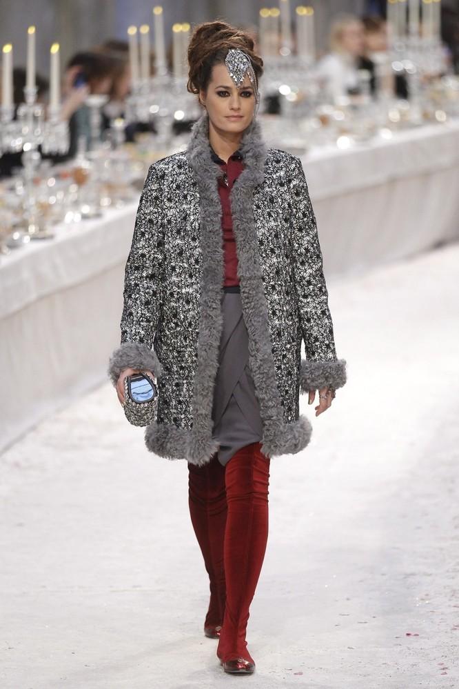 Foto de Cómo se hizo la colección Paris-Bombay de Chanel (12/18)
