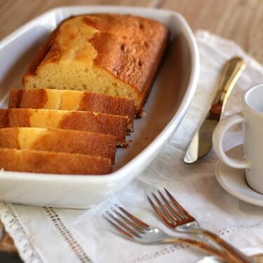 Un puente para hornear: siete bizcochos, dos panes y dos tartas para cocinar estos días en casa