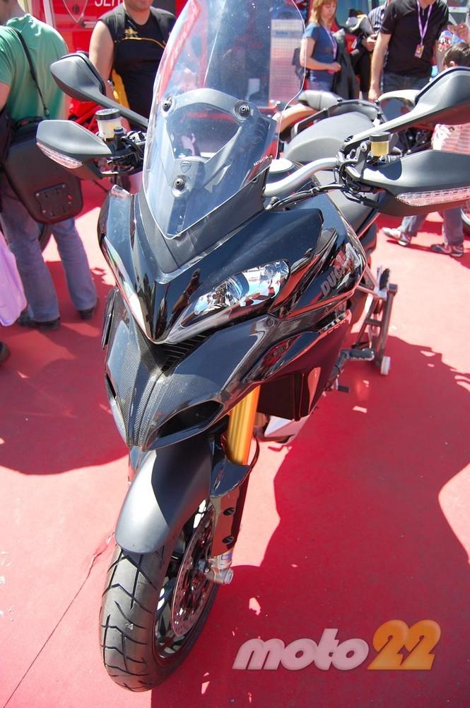 Foto de Superbikes Valencia 2010: domingo (1/86)