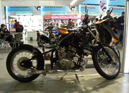 Heist 200 por Rhon Motorcycle Company, Chopper made in China