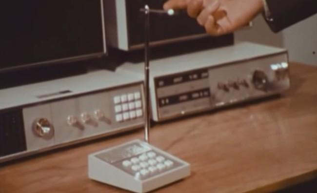 El Telefono Microfono