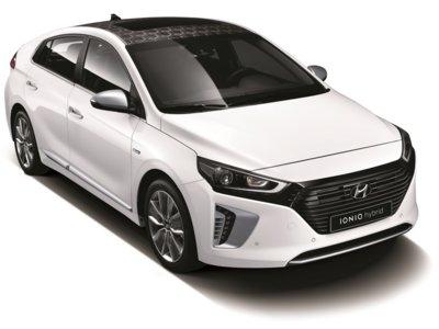 El Hyundai Ioniq destapa su aspecto, algunos detalles y nos deja en ascuas sobre sus baterías hasta marzo