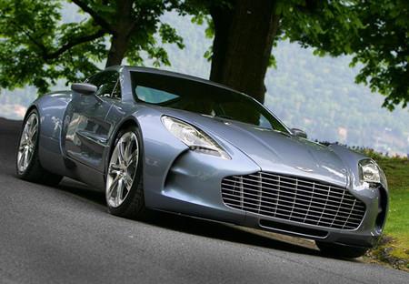 Aston Martin One 772