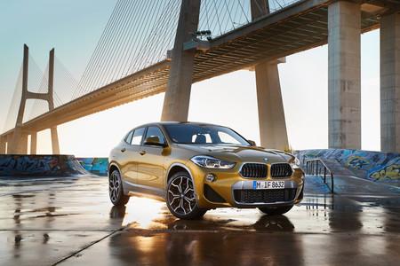 BMW X2 estática