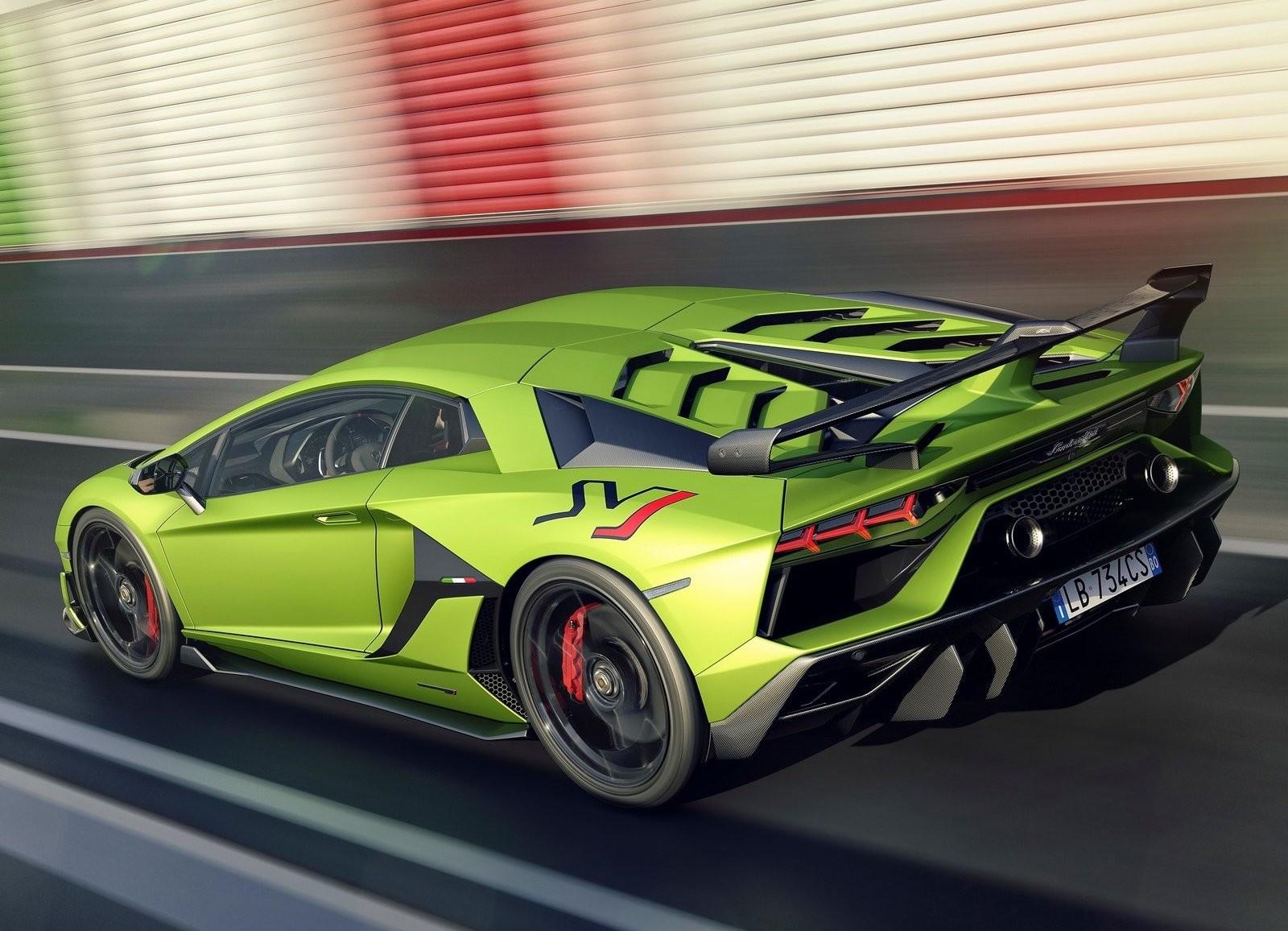 Foto de Lamborghini Aventador SVJ (13/23)