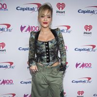 Rita Ora en el iHeart Jingle Ball