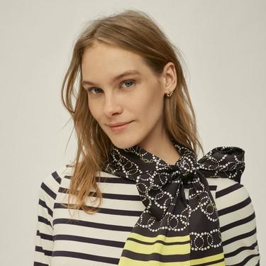 Los pañuelos serán el accesorio del verano: los 19 más bonitos para regalar en el Día de la Madre 2020