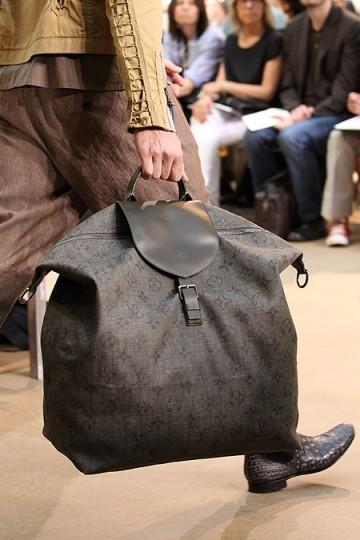 Foto de Louis Vuitton y su colección de bolsos, Primavera-Verano 2011 (8/9)
