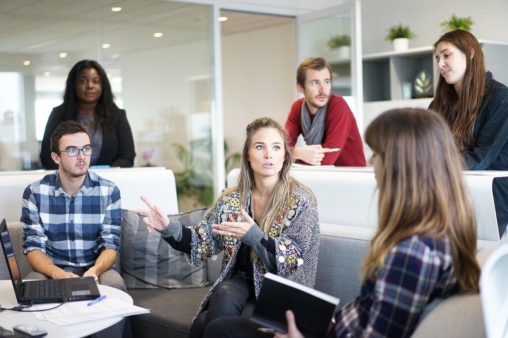 A partir del 14 de abril, todas las empresas deberán tener listo el registro salarial que busca lograr la igualdad retributiva entre sexos