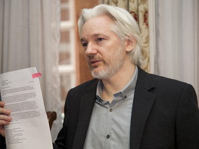 Estados Unidos se prepara para presentar cargos formalmente contra Julian Assange y buscar su arresto