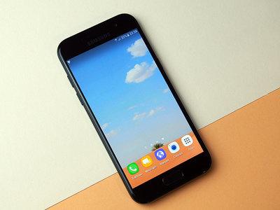 ¿Huyes de los phablet? Samsung Galaxy A3 (2017), con pantalla de 4,7 pulgadas, por 199 euros