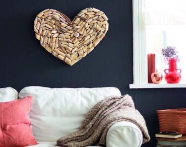 Hazlo tú mismo: decora tu pared con un corazón de madera