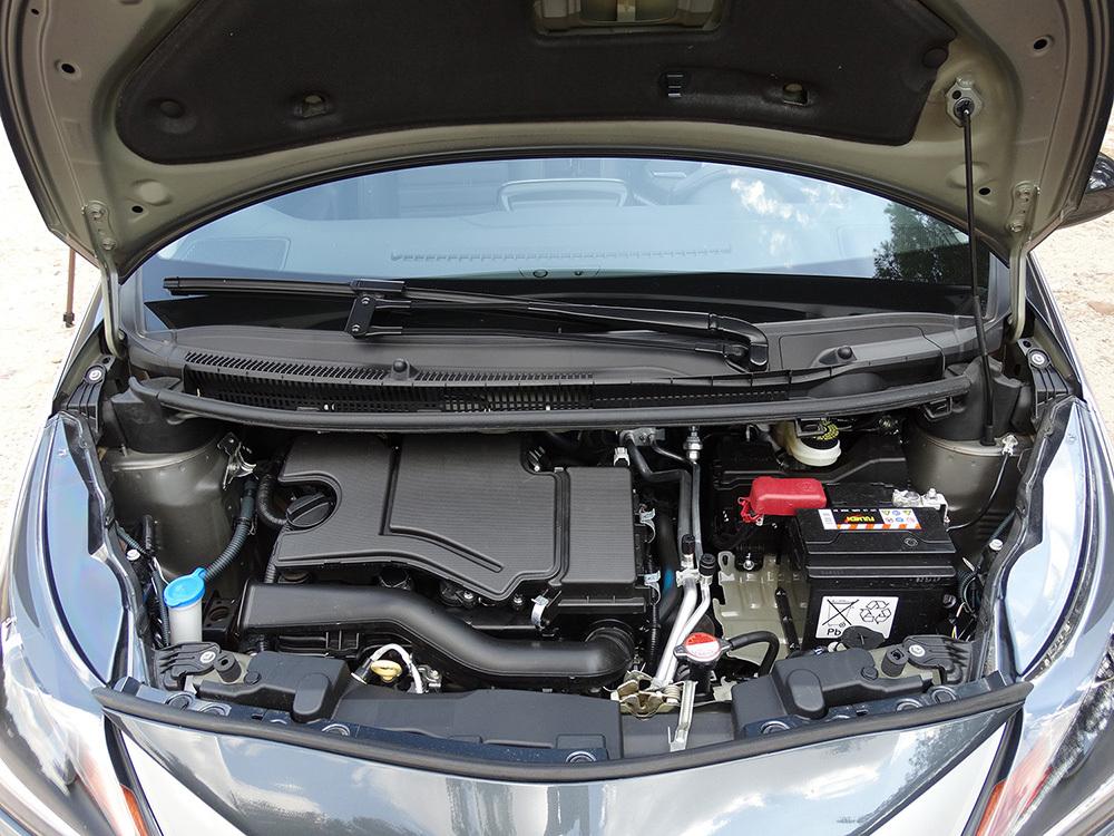 Foto de Prueba Toyota AYGO 2016: motor, todas las imágenes (3/8)